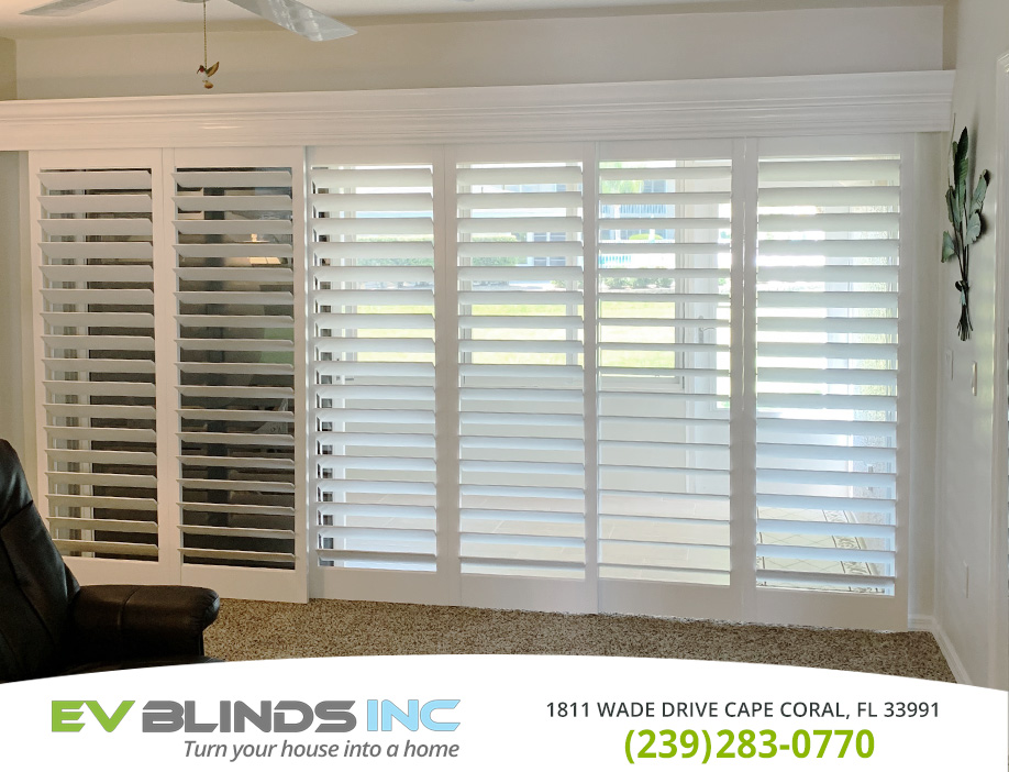 Patio Blinds in and near Marco Island Florida