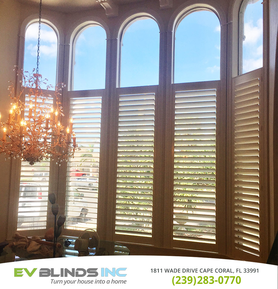 Bay Window Blinds in and near Naples Florida