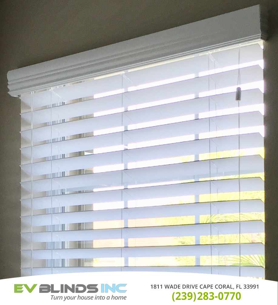Horizontal Blinds in and near North Fort Myers Florida